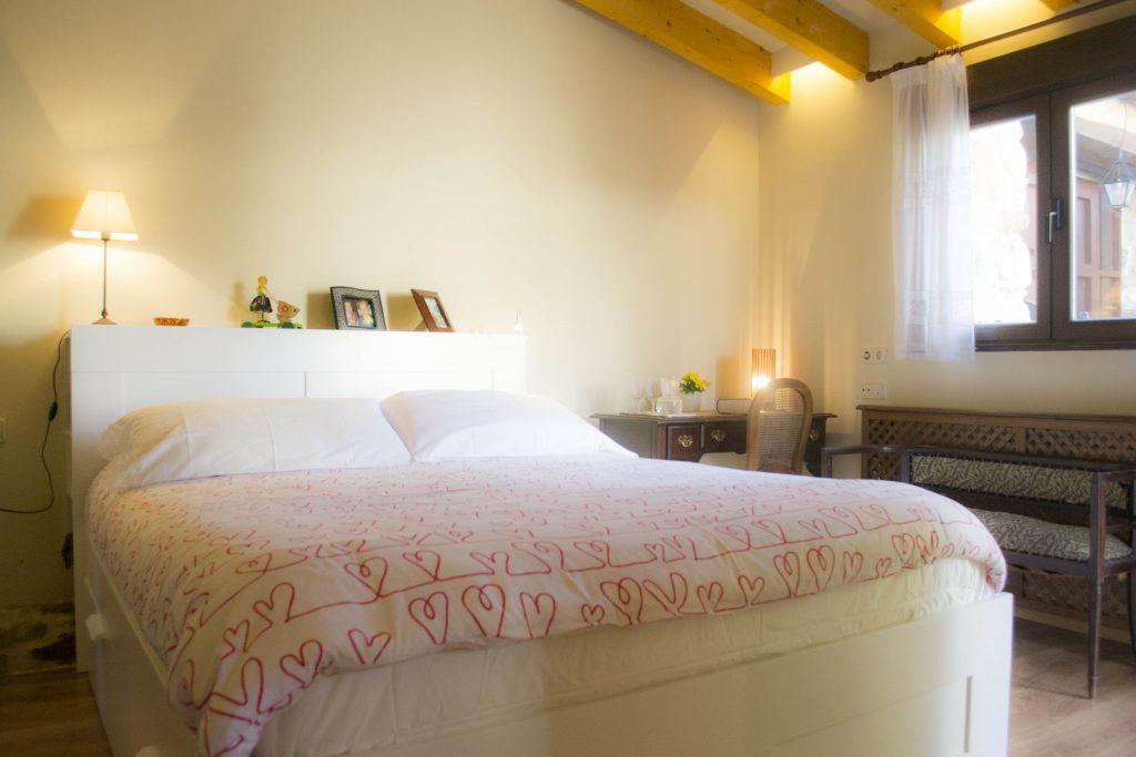 Habitación en suite del apartamento rural Las tenadas