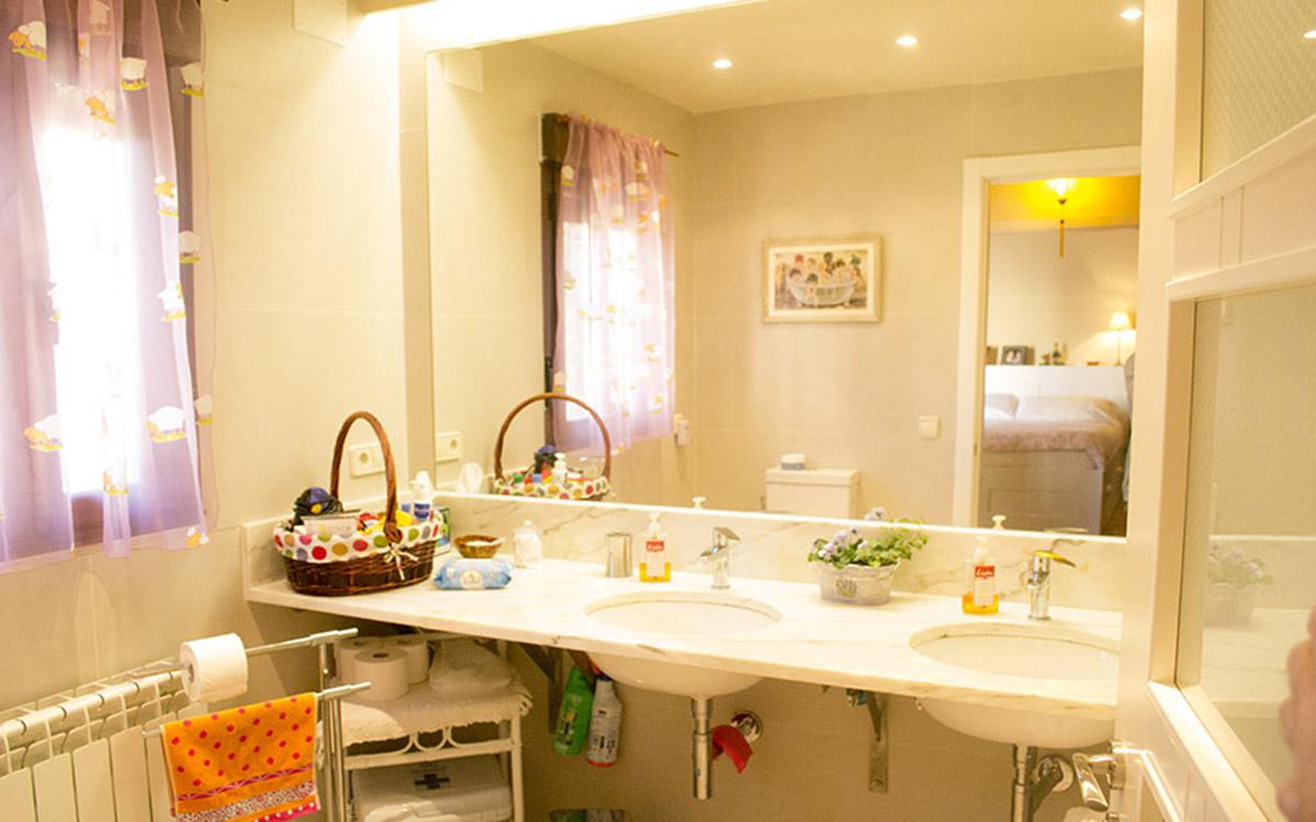 lavabos Habitación Naciente